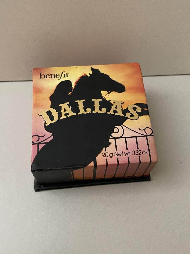 """Benefit """"Dallas"""" Colorete/ Bronzeador"""