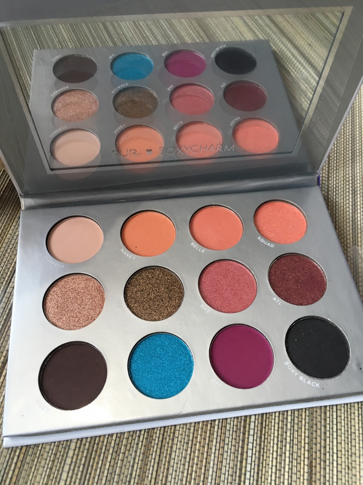 PÜR X BOXYCHARM eyeshadow palette
