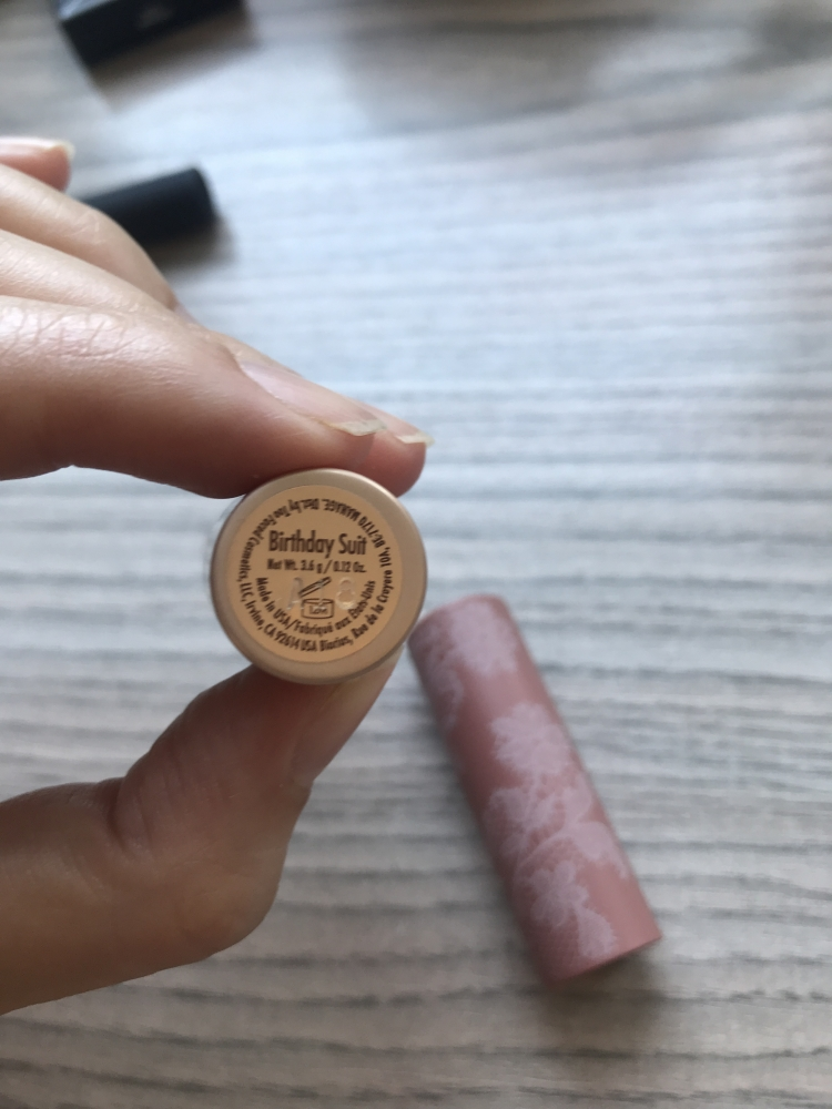 Labial Too Faced