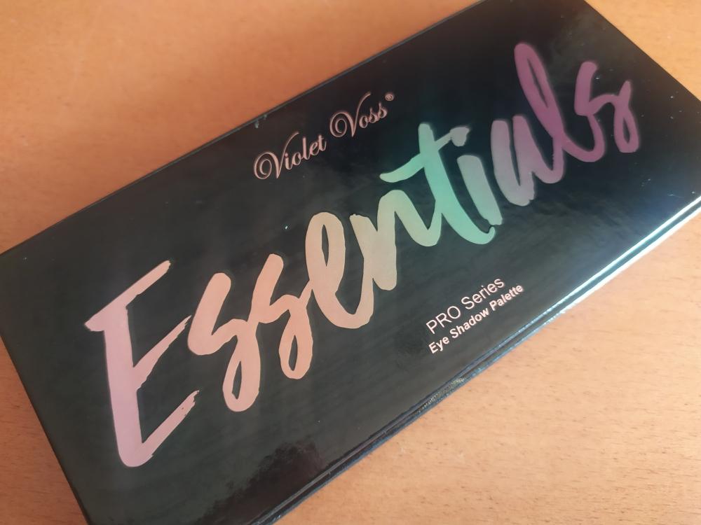 Paleta Essentials de Violet Voss