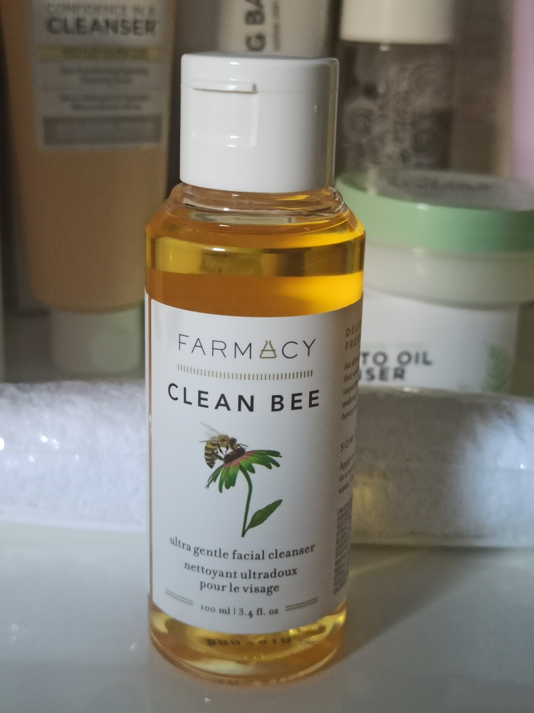 Farmacy Clean Bee ultragentle cleanser