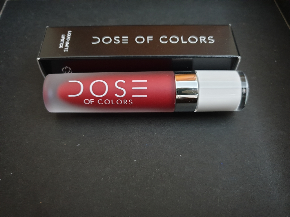 Labial dose of colors
