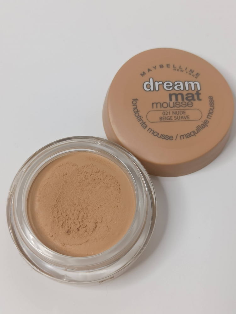 Maquillaje Dream Mat Mousse Maybelline
