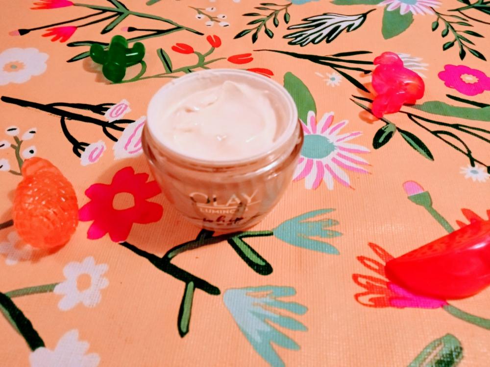 Crema hidratante ligera Olay Luminous Whip