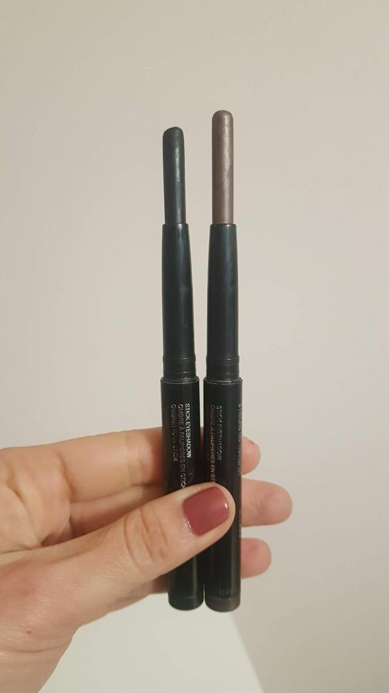 Kiko pack sombras stick 39 dark taupe y 20 negra