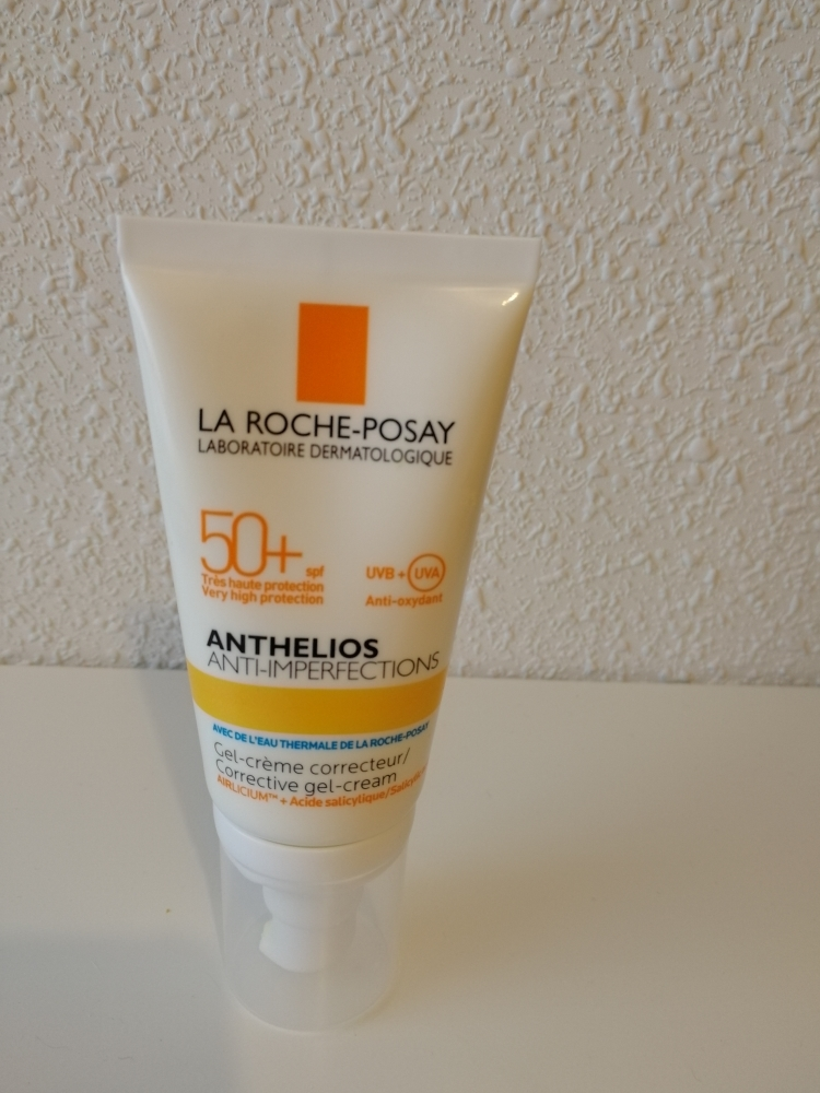 Protector solar. La Roche- Posay. Anthelios Anti-Imperfections SPF50+