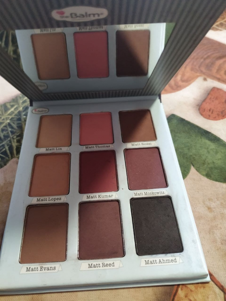 Paleta The balm