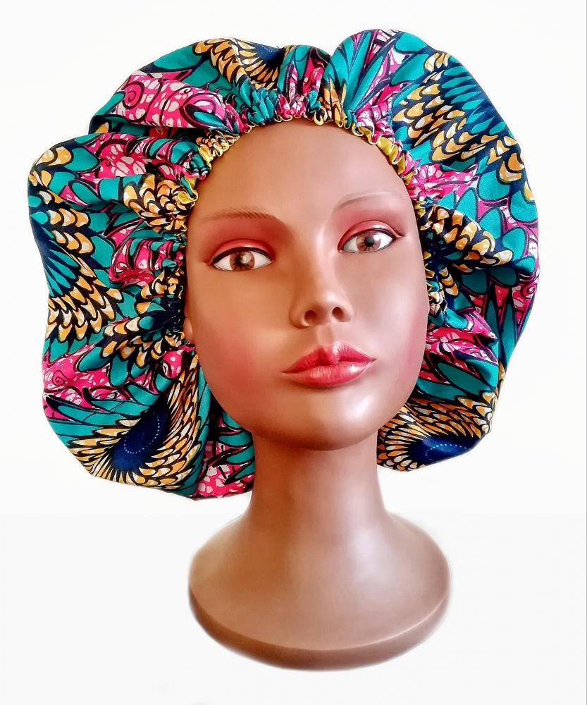 Bonnet en satin doublé en tissu wax Africain