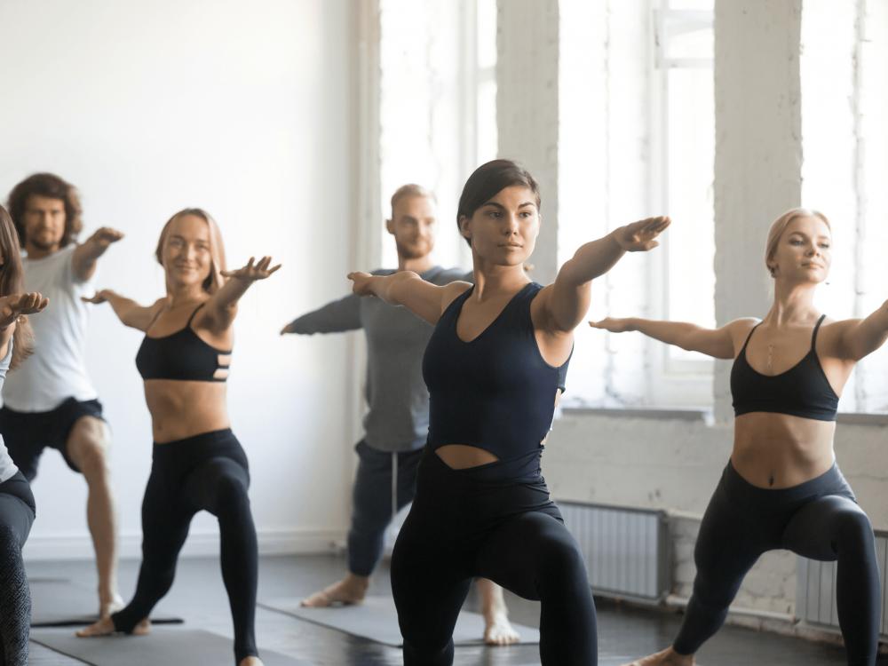 Cours de Hatha Flow Yoga en Français - Les Samedis, 12h - Paris 12e