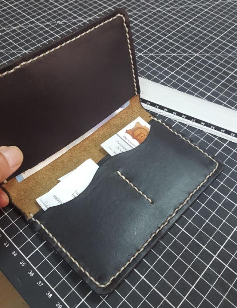 Fabriquez votre Portefeuille Davy en cuir à Nice