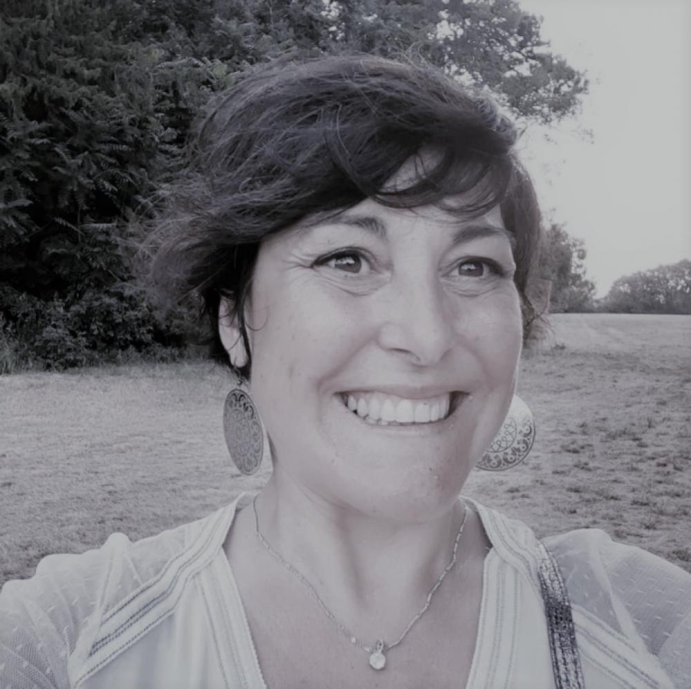 Atelier lâcher prise par le rire et la sophrologie en ligne