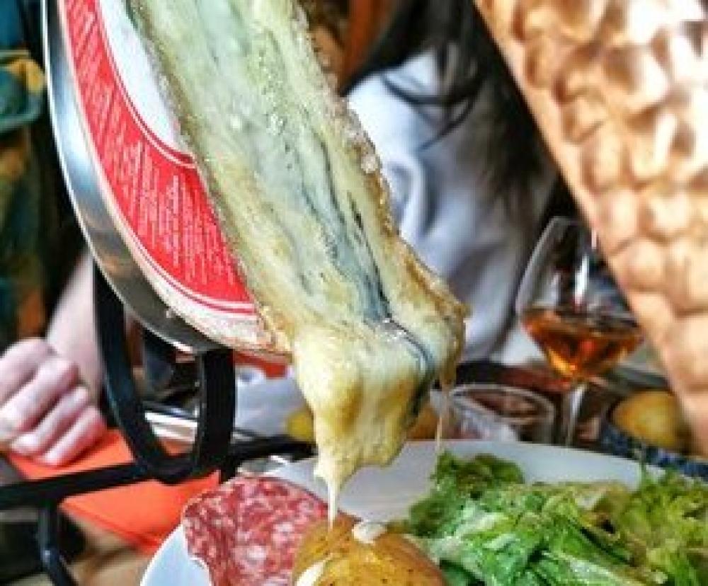 Meule de fromage & Pâtisserie - Paris