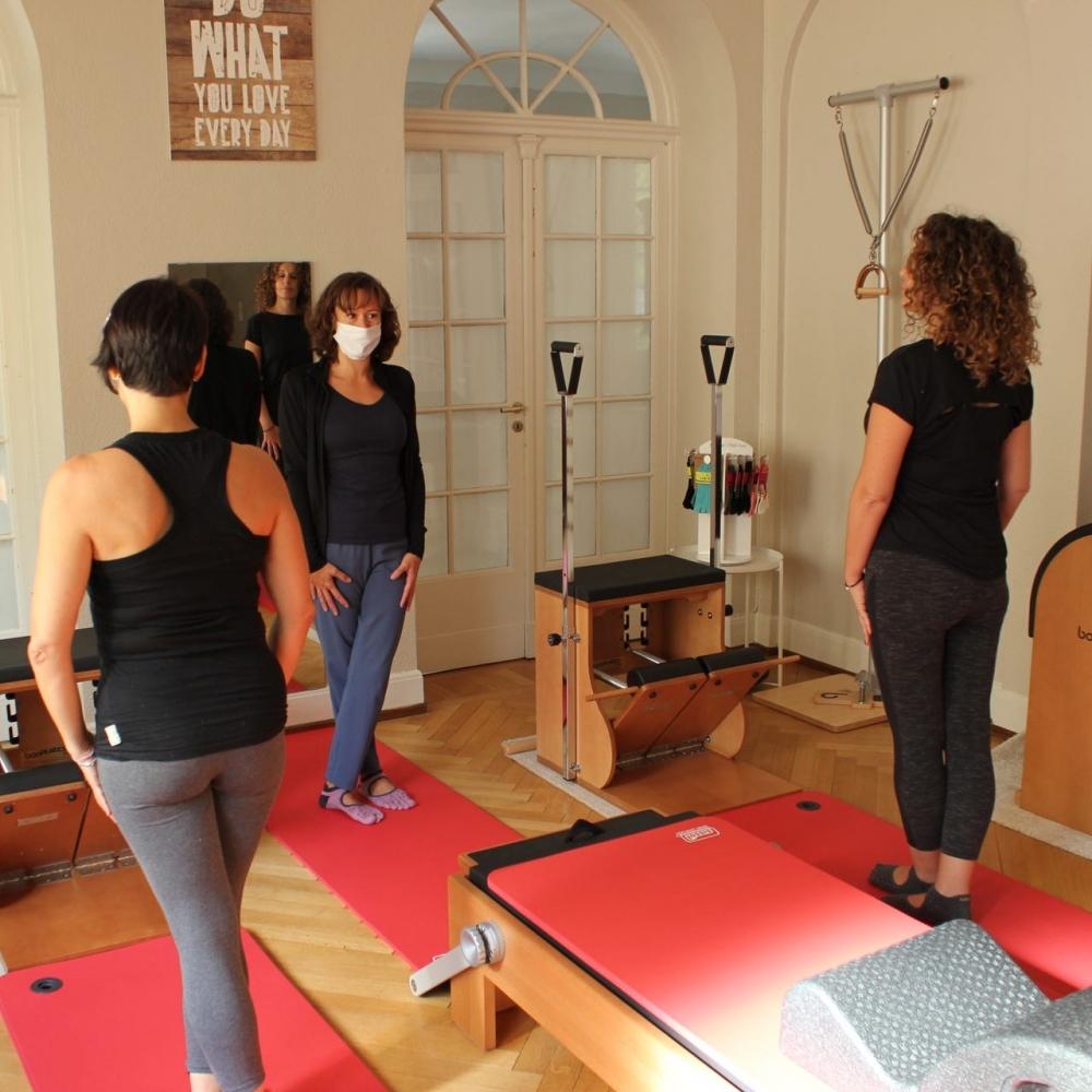 Séance De Groupe De Pilates