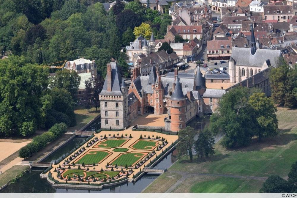 Merveilles architecturales de Paris à Chartres