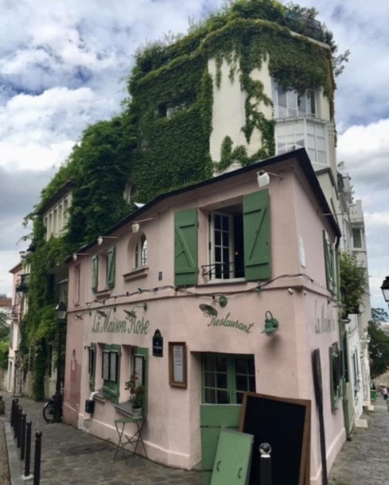 Montmartre - la butte de martyres, de la bohème et de cosaques russes