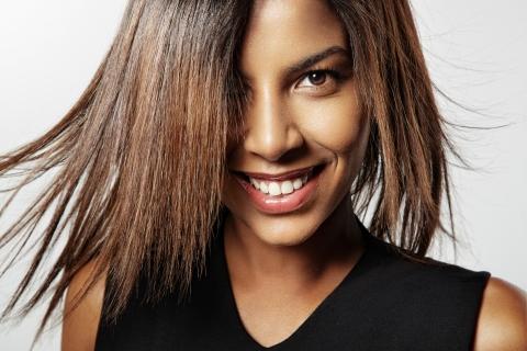 zawema femme cheveux défrisés