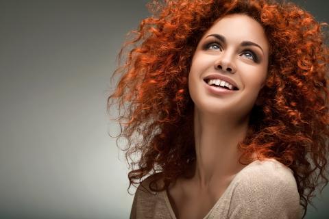 zawema Femme cheveux roux bouclés