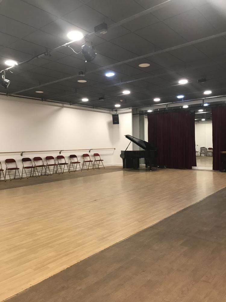 Théâtre du Châtelet / studio Cole Porter