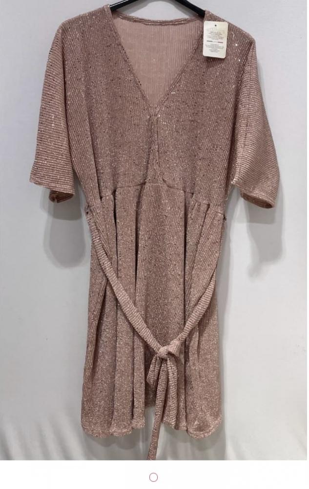 Robe neuf pour grande taille