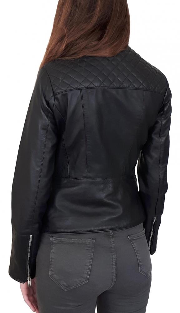 Veste cuir pour femme.