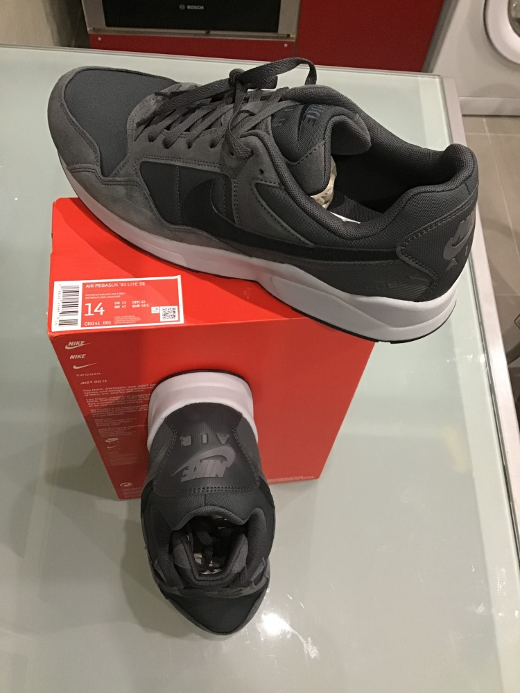 Nike Pegasus 92 lite SE