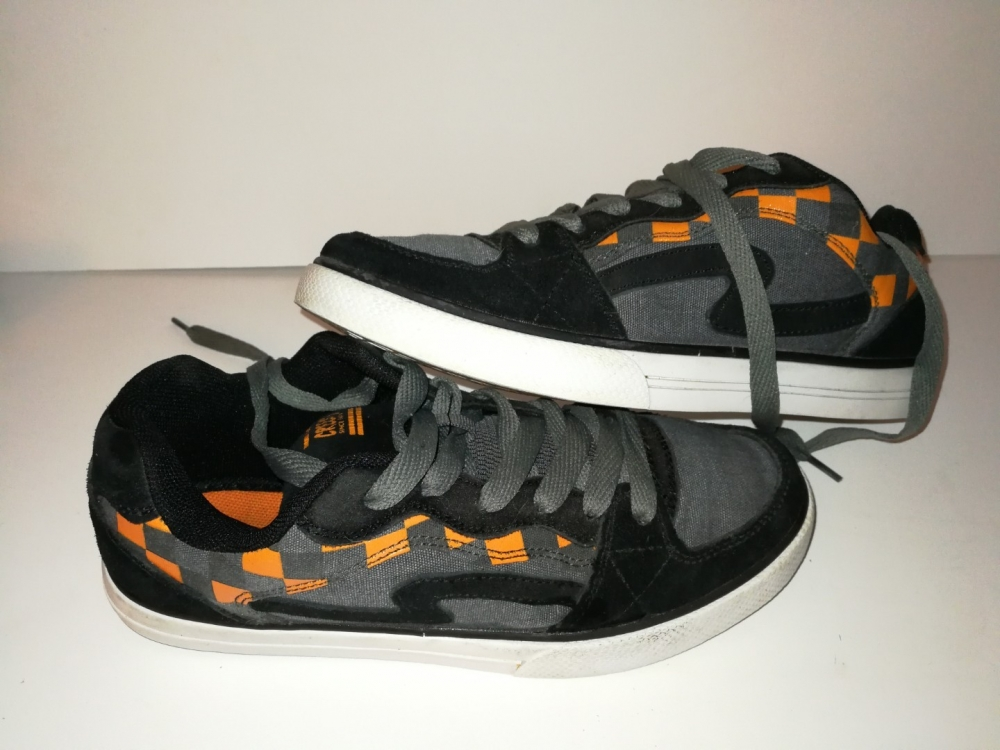 Baskets garçon / Sneakers Creeks neuves (P37)