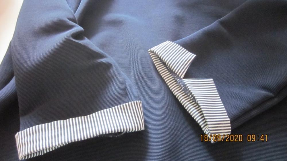Robe droite bleue marine