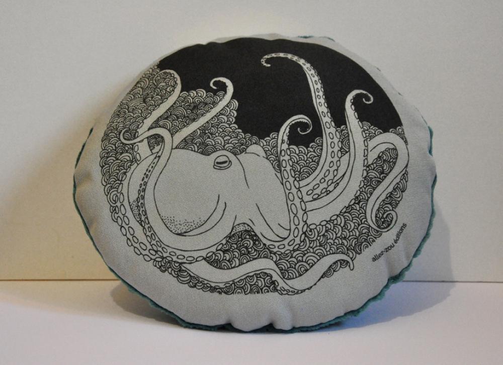 """Coussin illustré modèle \""""octopus\"""""""