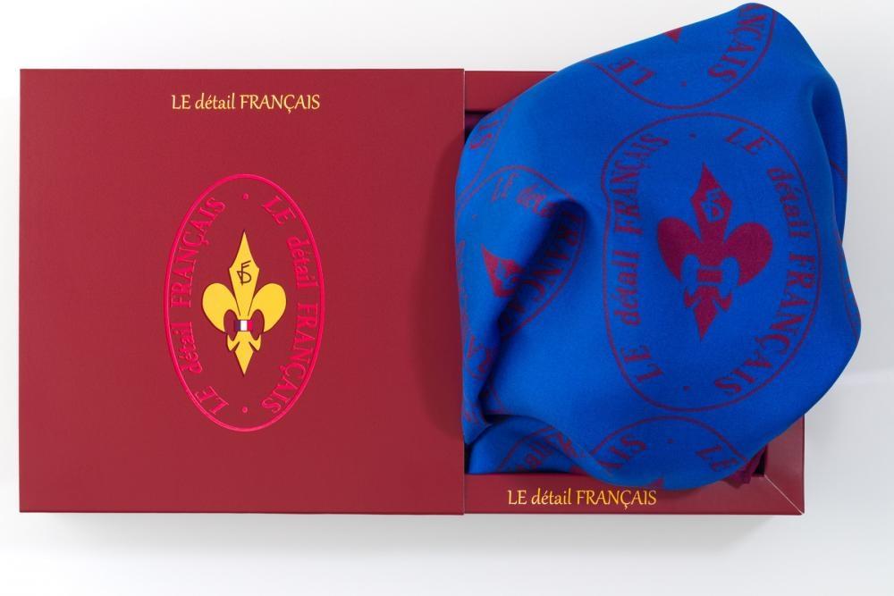 """Carré de Soie \""""L'Emblème\"""" (bleu)"""