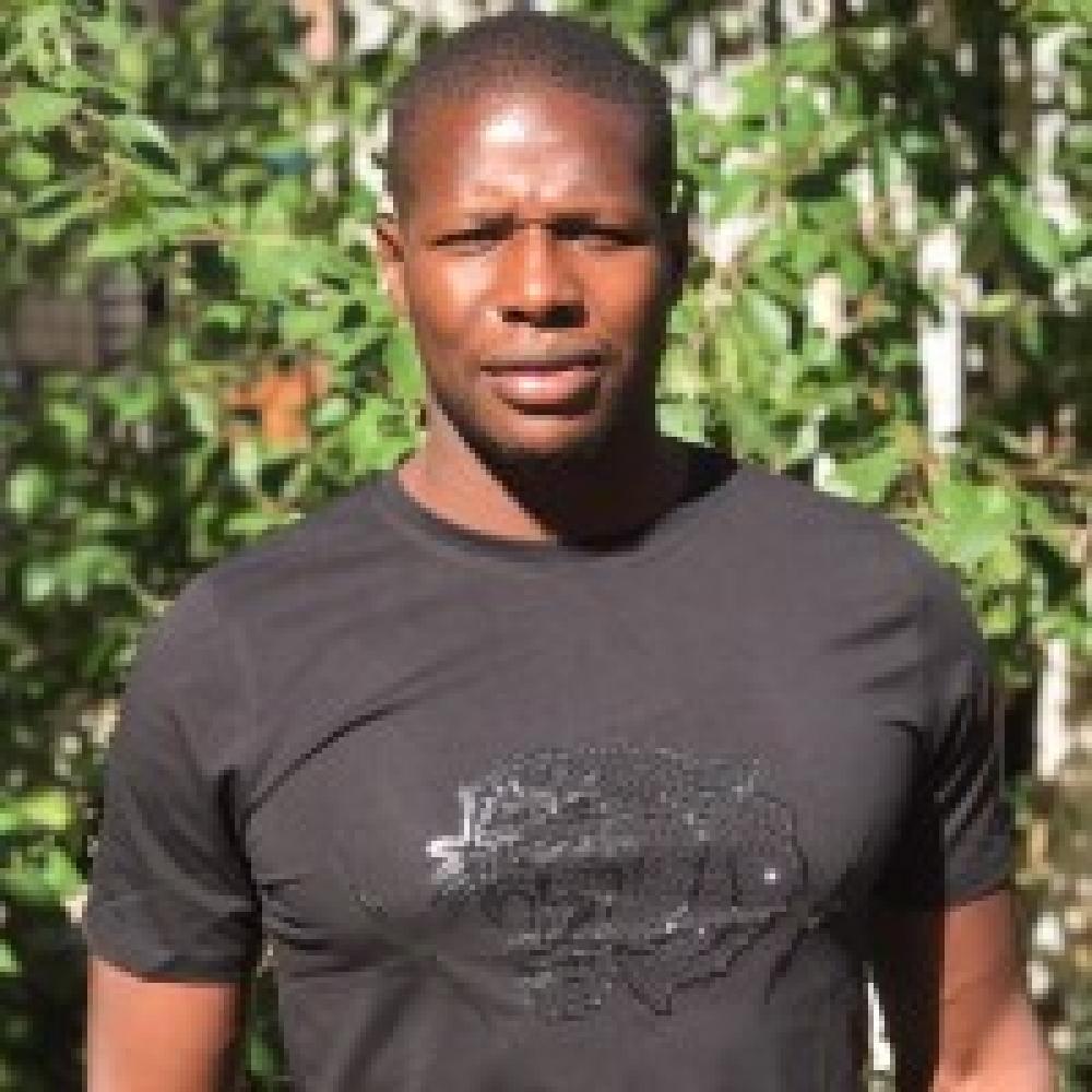 Fousseny Camara : coach pour du renforcement musculaire