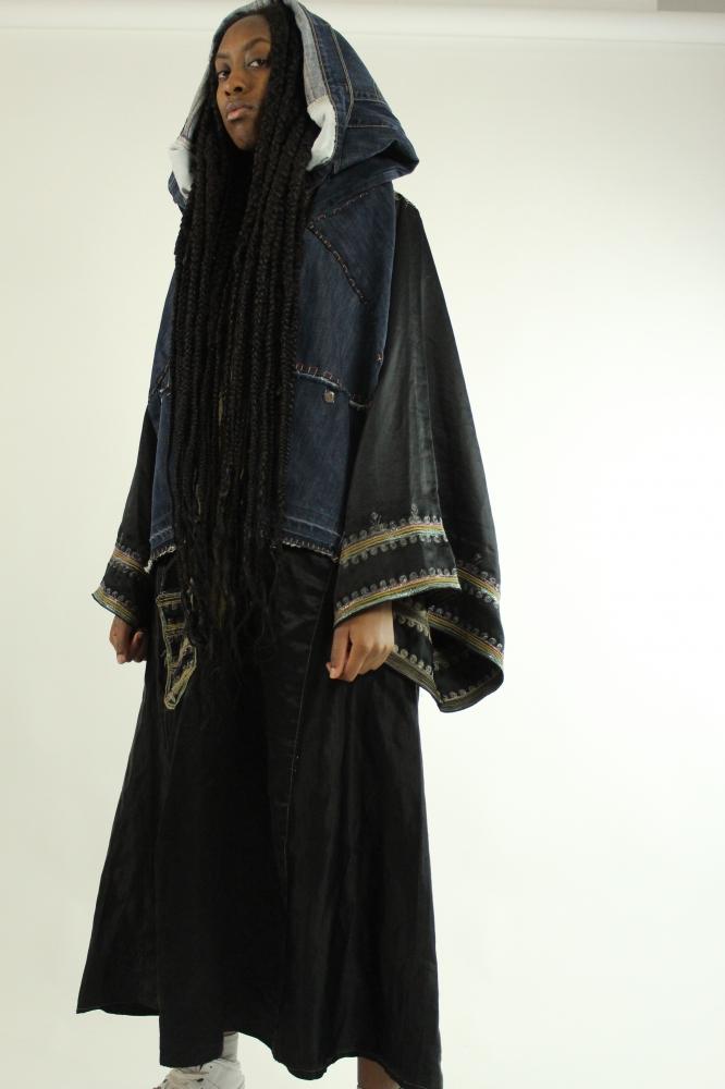 Robe orientale à capuche