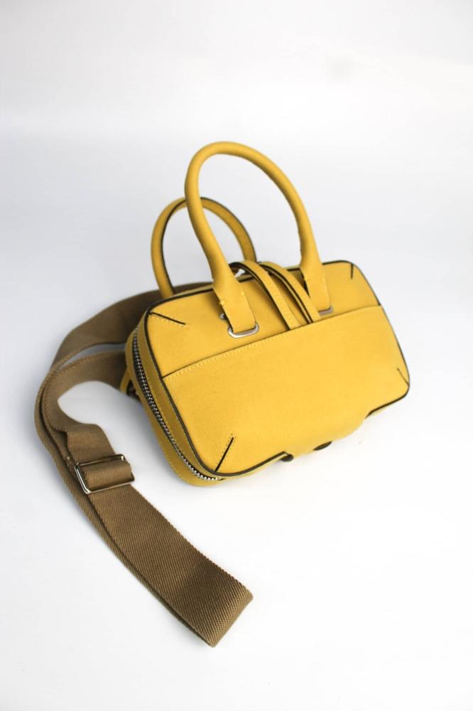 Mini Briefcase 0% leather Mango