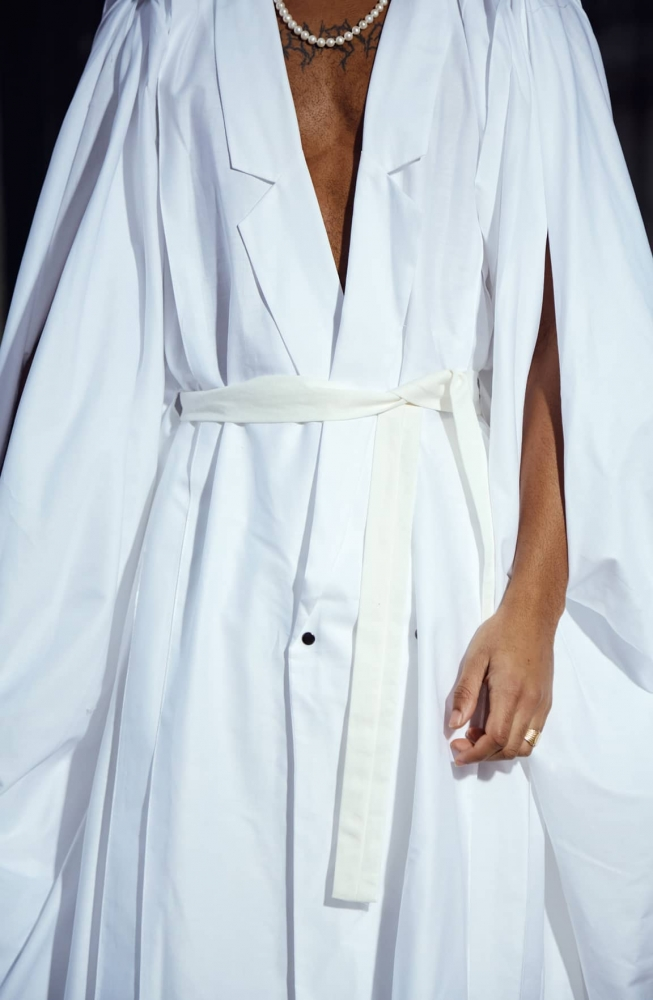 Robe androgyne sans manches BAKURA