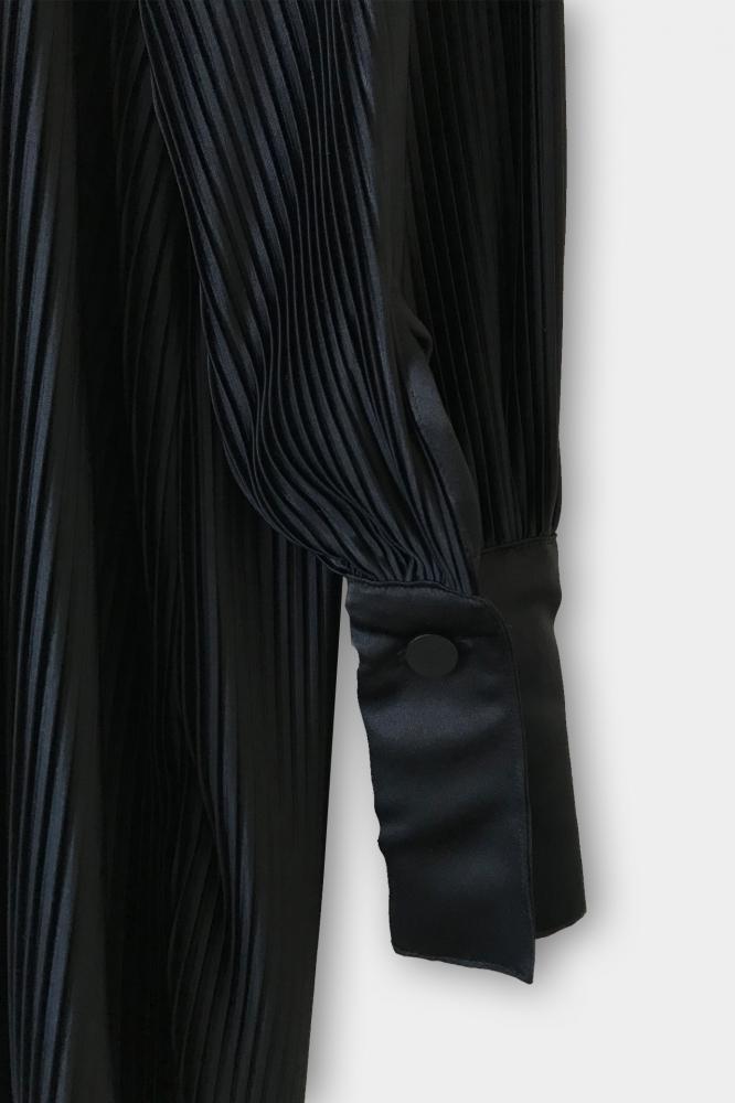 Chemise longue plissé à manches Bishop