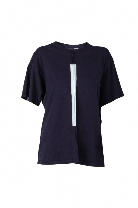 T-shirt bleu foncé bande blanche