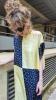 Robe t-shirt en soie imprimé damier jaune et bleu
