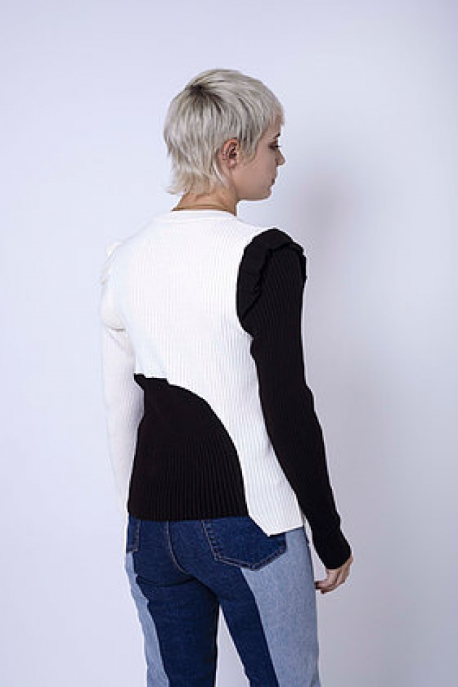 Top en maille à manches longues bicolore (blanc/noir)