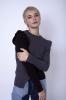 Top en maille à manches longues bicolore gris et noir