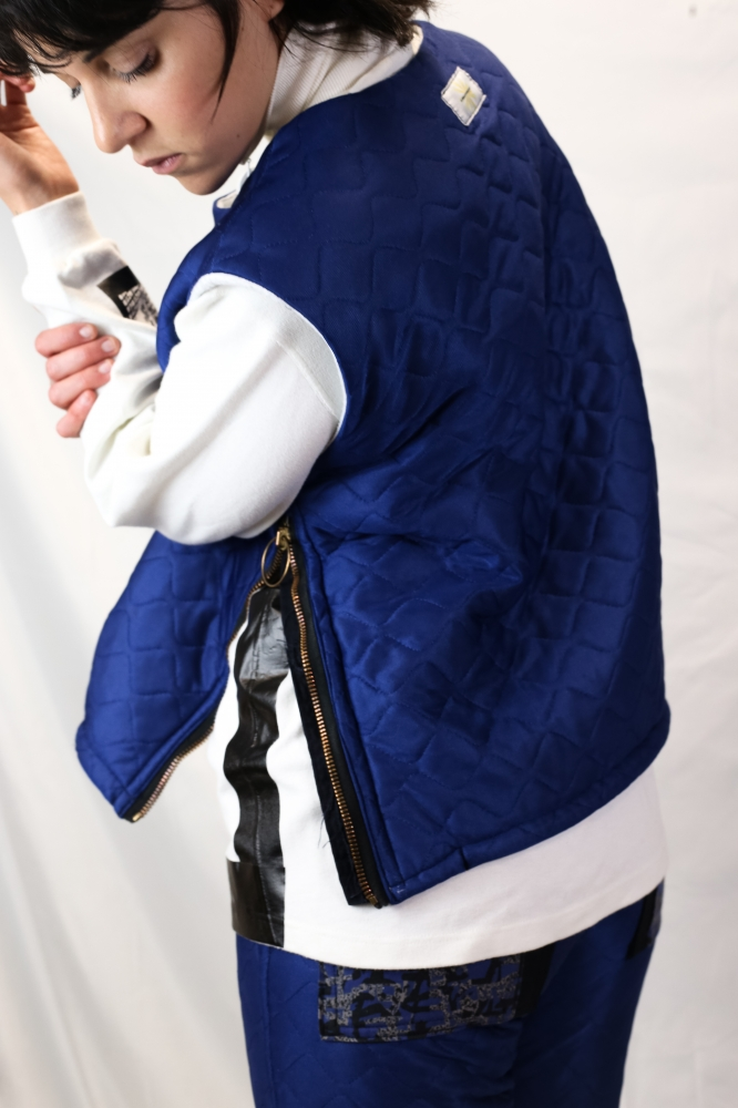 "Gilet Puffer Sans Manches ""ACT REACT ''"