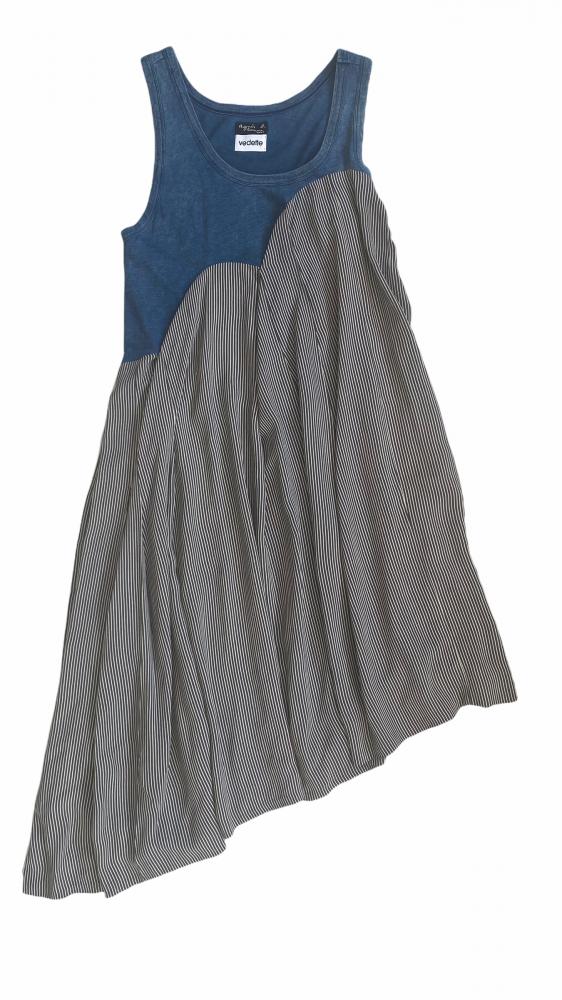 Robe asymétrique plissée