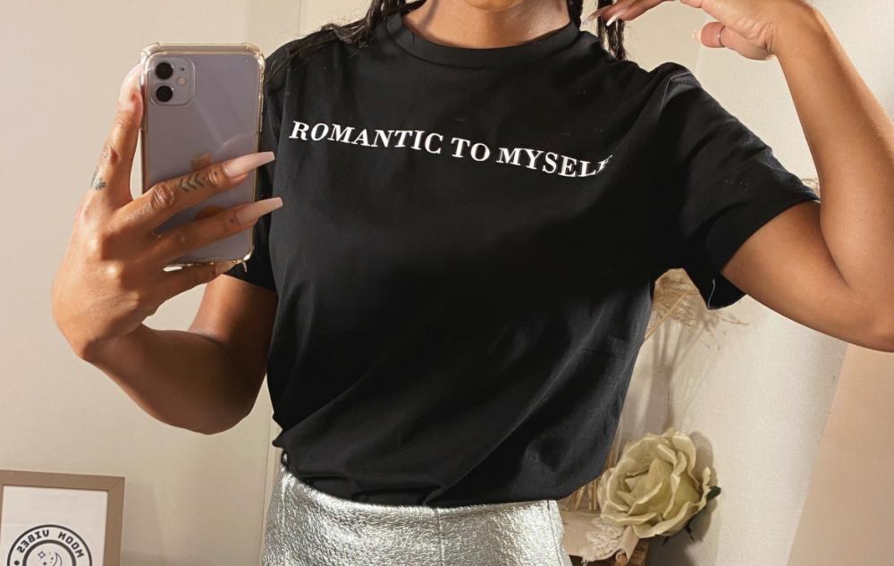 T-shirt 'ROMANCE'