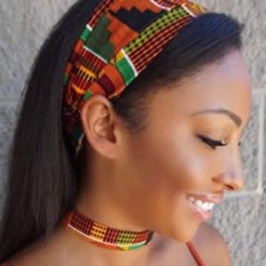 Le headband turban, l'accessoire cheveux qui a la classe