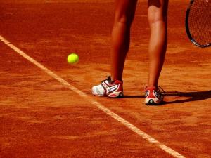 Débuter au Tennis: Le processus d'apprentissage